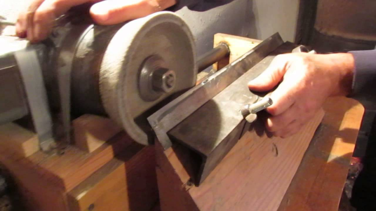 Как заточить ножи для строгального станка своими